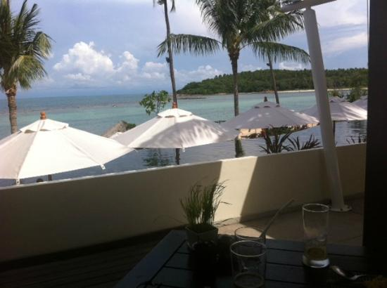 Anantara Lawana Koh Samui Resort: View from table at lunch (same restaurant for breakfast)