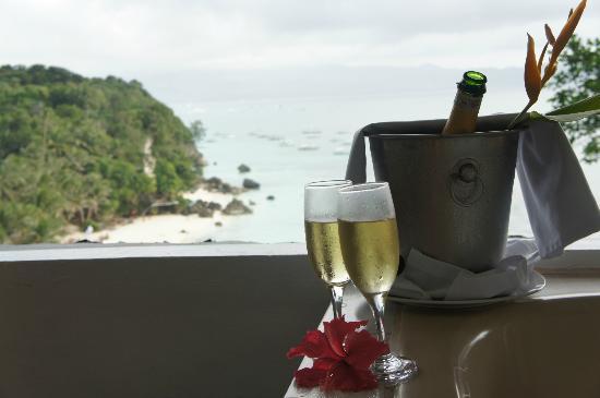 Nami Resort: vue de la chambre avec Jacuzzi