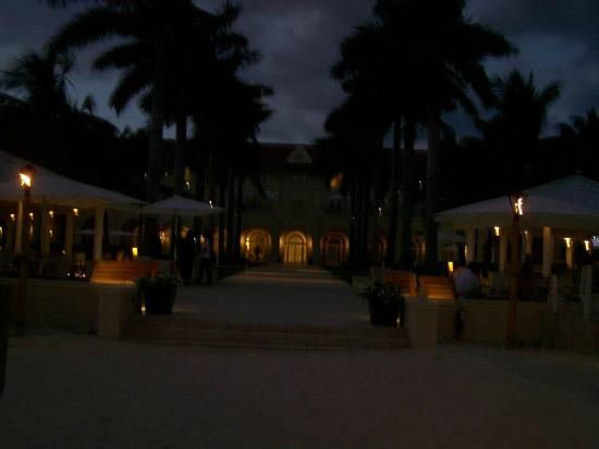 Casa Marina, A Waldorf Astoria Resort: Gorgeous property - on the beach, dining, looking back at hotel!