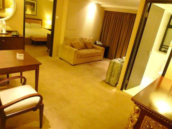 Xi Hotel: my suite room