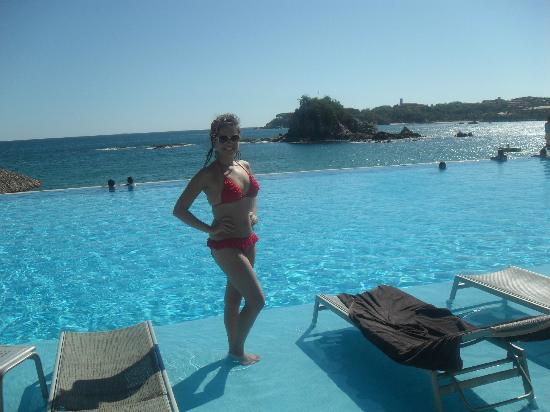 Dreams Huatulco Resort & Spa: Pool area