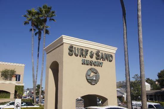Surf & Sand Resort: main entrance sign