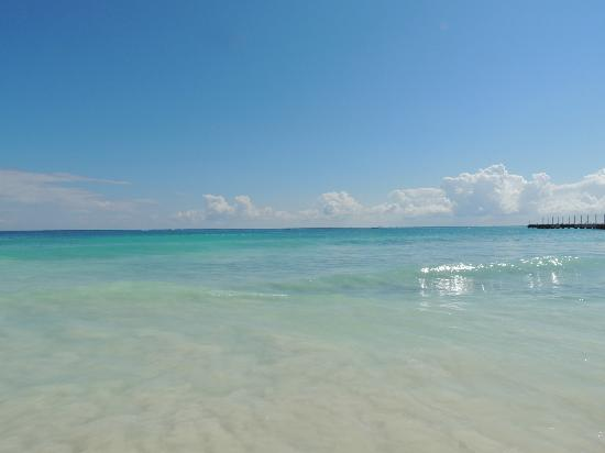 The Royal Playa del Carmen: Beach