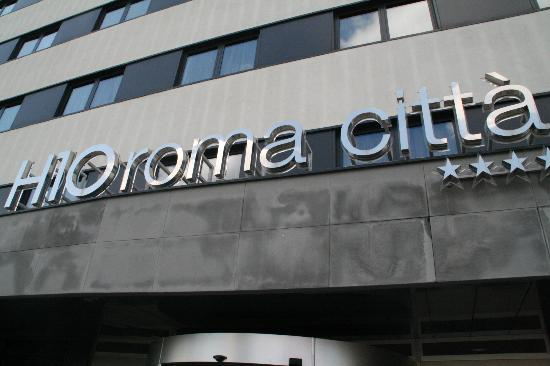 H10 Roma Citta: Entrance