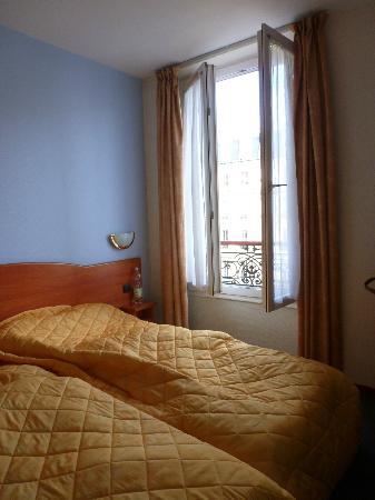 Hotel Voltaire Republique: Unser Zimmer vor Abreise