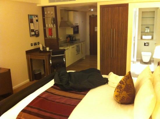 Staybridge Suites London-Stratford City: Room 832