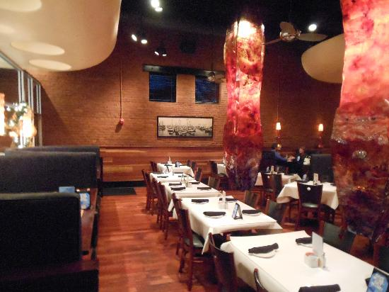 Blue Water Grille: Dining room
