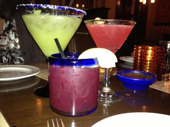Agave Mexican Bistro Dos : yummy drinks!