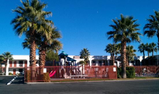 St. George Inn & Suites: Fenced Play Area