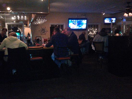 Saltwater Grill: live music thursday nights!