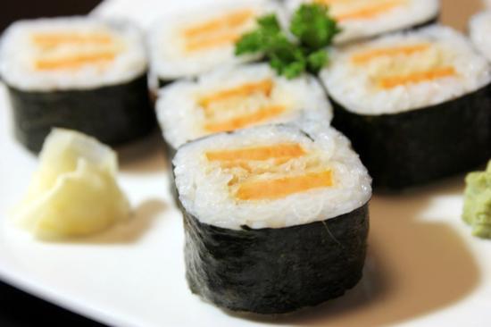 Hanabi Japanese Sushi Restaurant: Yam Roll