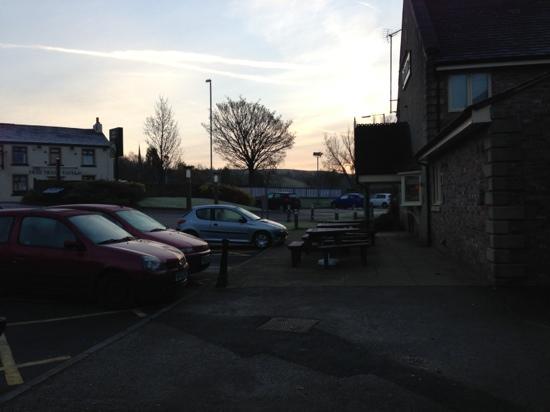 Premier Inn Rochdale Hotel: early November morning!