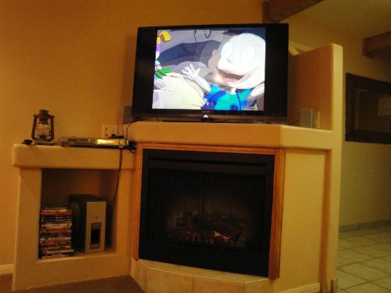 بيل روك إن باي دياموند ريزورتس: living room w HD flatscreen 