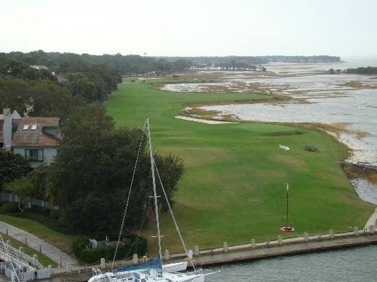 Harbour Town Lighthouse: 18th hole