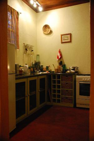 Numbela: Yellowwood Cottage kitchen
