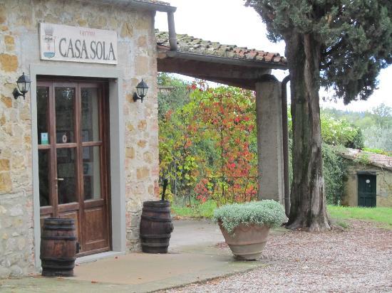 Fattoria Casa Sola: Grounds