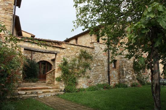 Fattoria Casa Sola: Apartments