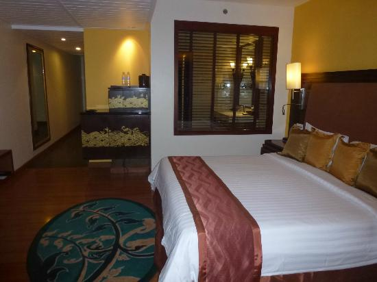 Pullman Phuket Panwa Beach Resort: the room