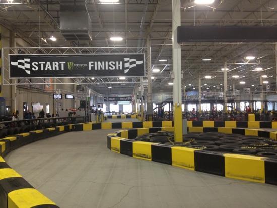 Pole Position Raceway: start