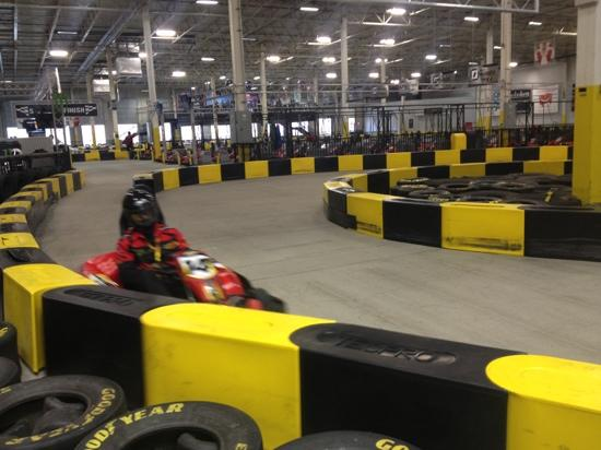 Pole Position Raceway: racing