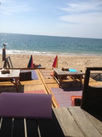 Nakara Long Beach Resort: long Beach lanta