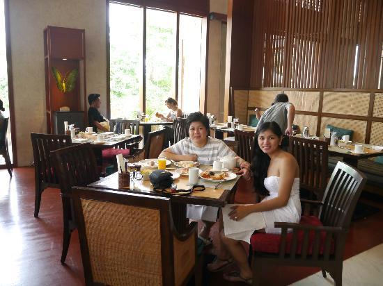 Shangri-La's Boracay Resort & Spa: Breakfast at Vintana