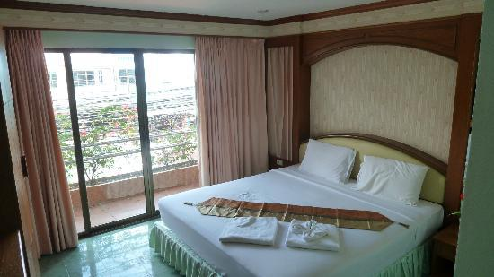 Baan Tee Thai - Add Mansion