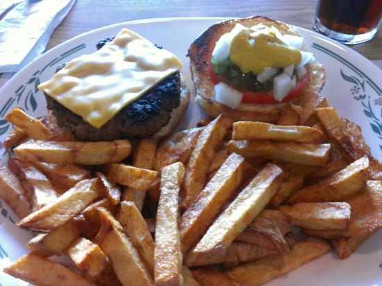 Gainsborough Restaurant : Homemade burger