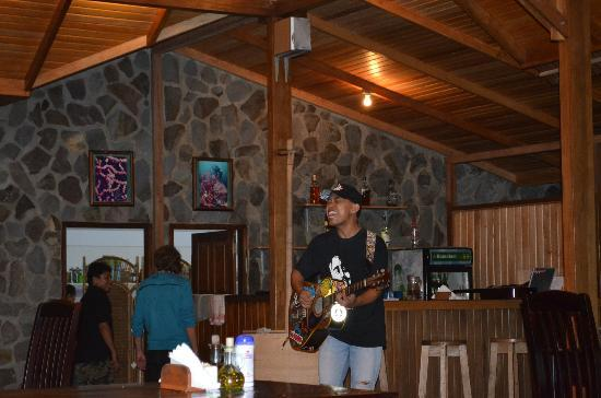 Mapia Resort: la serata tipica