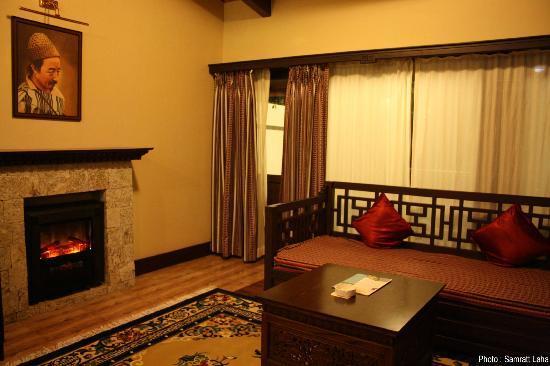 WelcomHeritage Denzong Regency: Suite Room