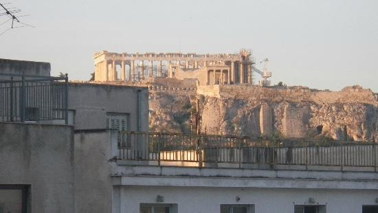 Athens Center Square: Same photo but zoomed in