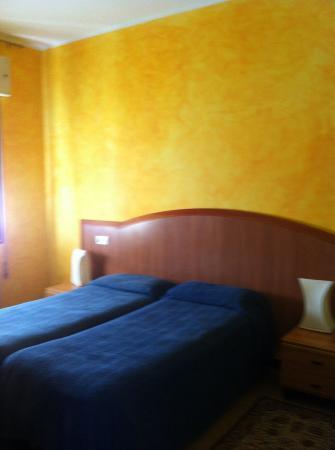 Hotel Alla Fiera: camera matrimoniale