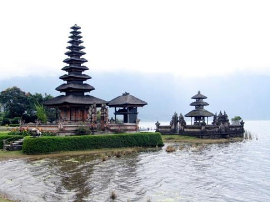 Ulun Danu Temple: Pura Ulun Danu Bedugul