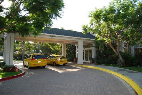 Hilton Garden Inn LAX/El Segundo: Enrance