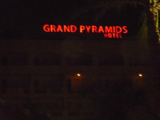 Grand Pyramids Hotel: Grand Pyramids