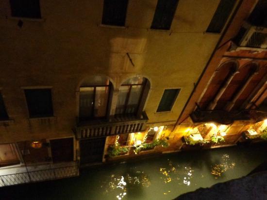 Hotel Al Gazzettino: il canale visto dalla camera