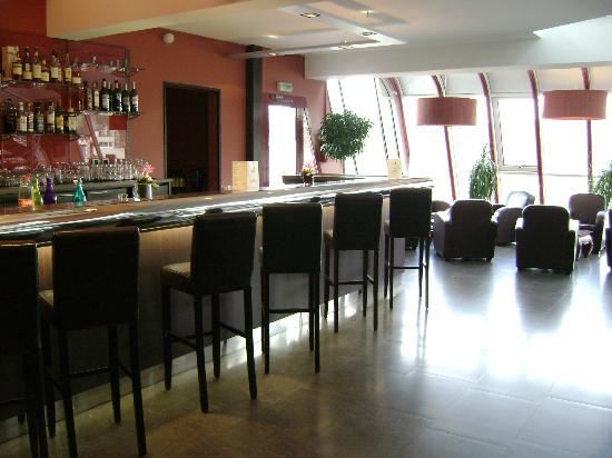 "Hotel du Beryl: Bar ""La Pommeraie"""