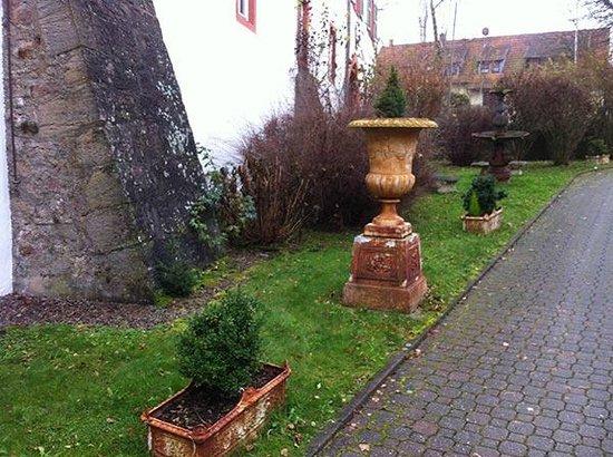 Schlosshotel Rothenbuch: Zufahrt