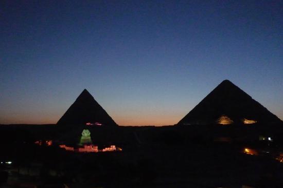 Pyramids View Inn: spectacle son et lumiere depuis la terrasse