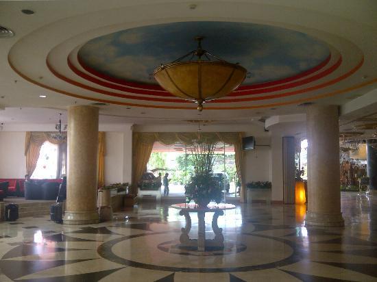Twin Plaza Hotel Jakarta: near lobby