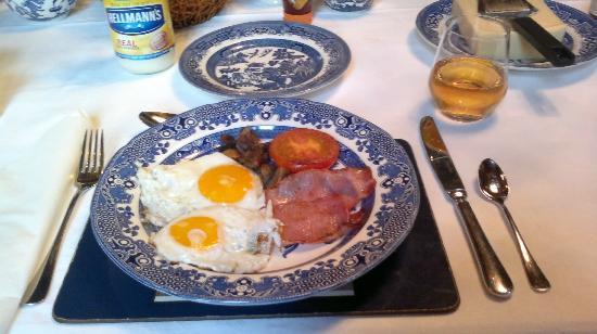 Darby's Inn: Breakfast