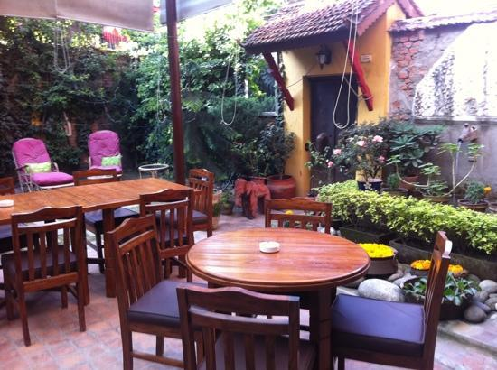 Ambassador Garden Home: garden cafe where breakfast , lunch and dinner is held here