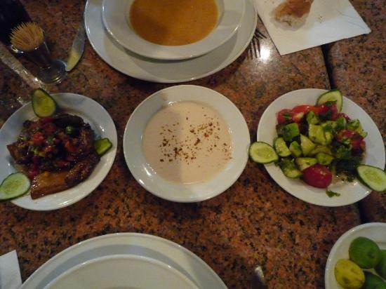 El Hussein Restaurant: de bons petits plats