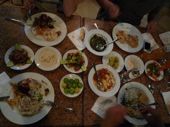 El Hussein Restaurant : un menu complet!
