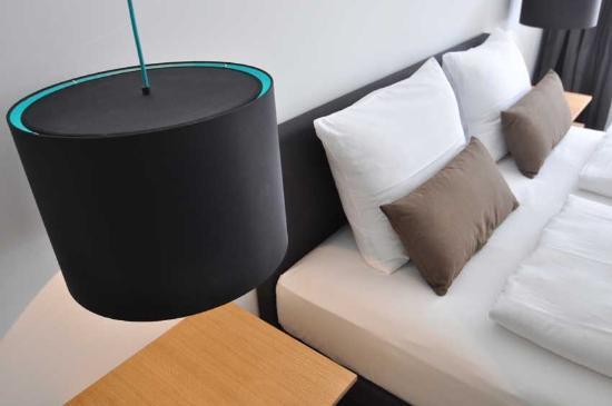 Homage Design Apartments: Cyan - Bedroom detail