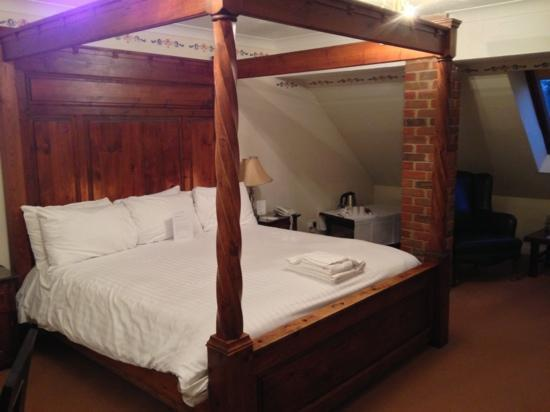 Marsh Farm Hotel: executive double