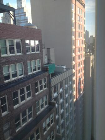 Hilton Garden Inn New York/West 35th Street: View looking right
