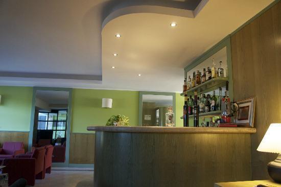 Hotel La Goletta: Bar