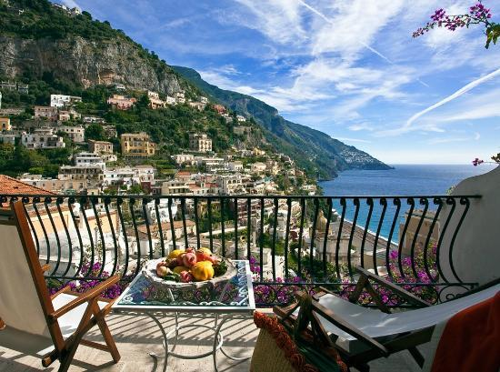 Hotel Poseidon: View of Positano