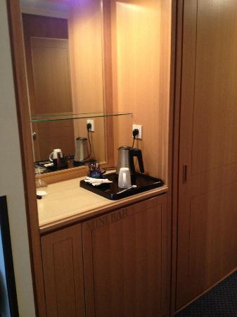 Hilton Alger: Room